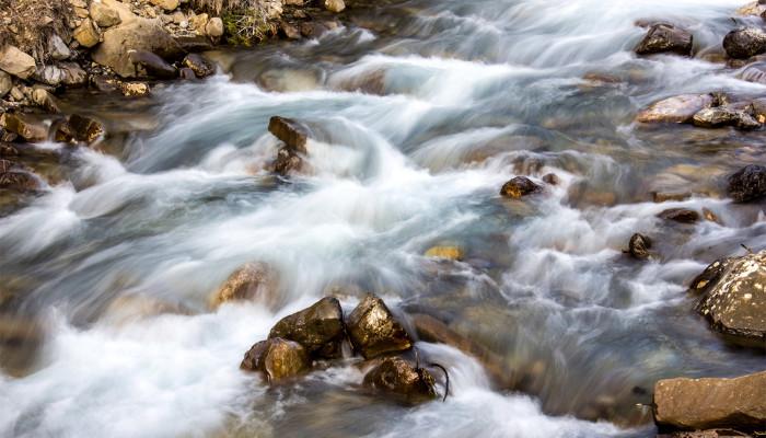 Río Estarrón en abril